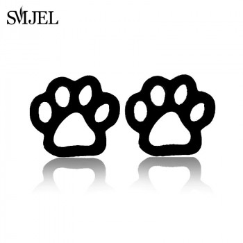 Black Pawprint stud earings